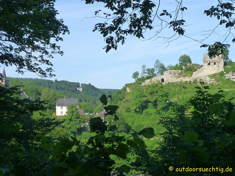 Und zum Abschluss nochmal ein Blick auf die Isenburg